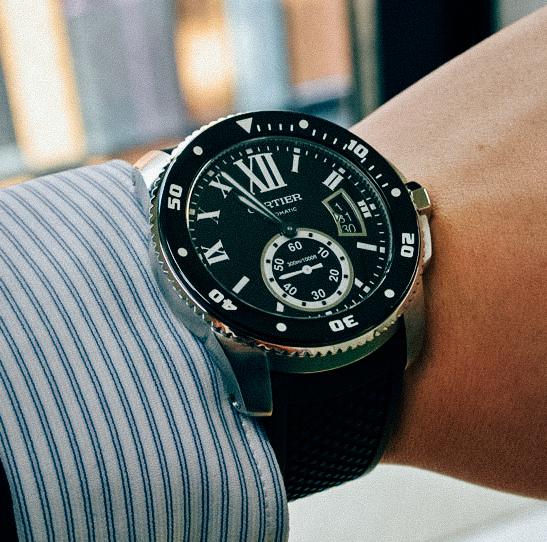 【厳選】20代後半の男性におすすめしたい人気のメンズ高級腕時計ランキング