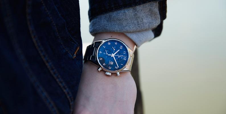 腕時計 ケースサイズ