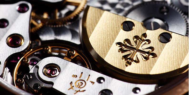 機械式時計ムーブメント