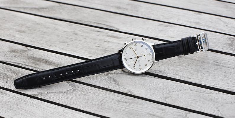 腕時計の革ベルト・ラバーベルトのお手入れ方法