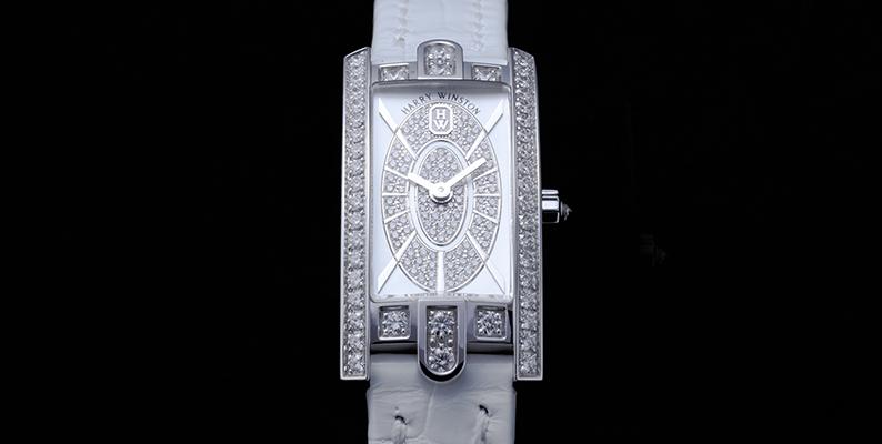 「時を語る宝石」ハリーウィンストン アヴェニューの魅力