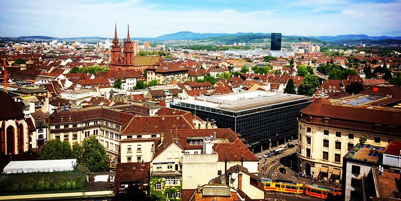 分業制からマニュファクチュールへ。スイス時計界の変遷