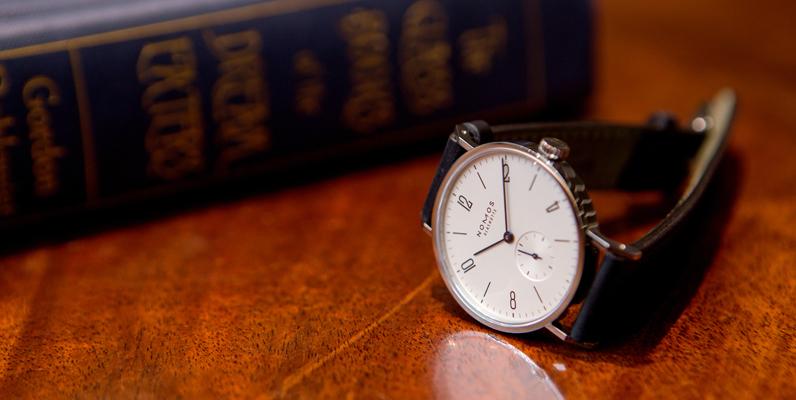 人気のノモス10傑。20代、30代のビジネスマンにお勧めしたい時計