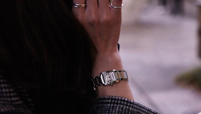 彼女へのクリスマスプレゼント 高級腕時計 カルティエ