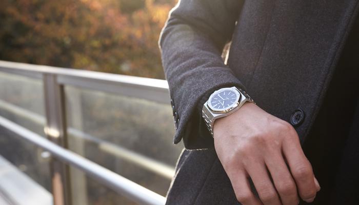 新品 高級時計